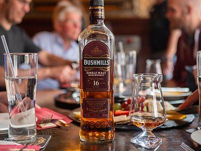 Dublin Whiskey Tours - Deluxe Food & Whiskey